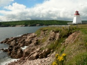 Neil's Cove, lighthouse Cape Breton