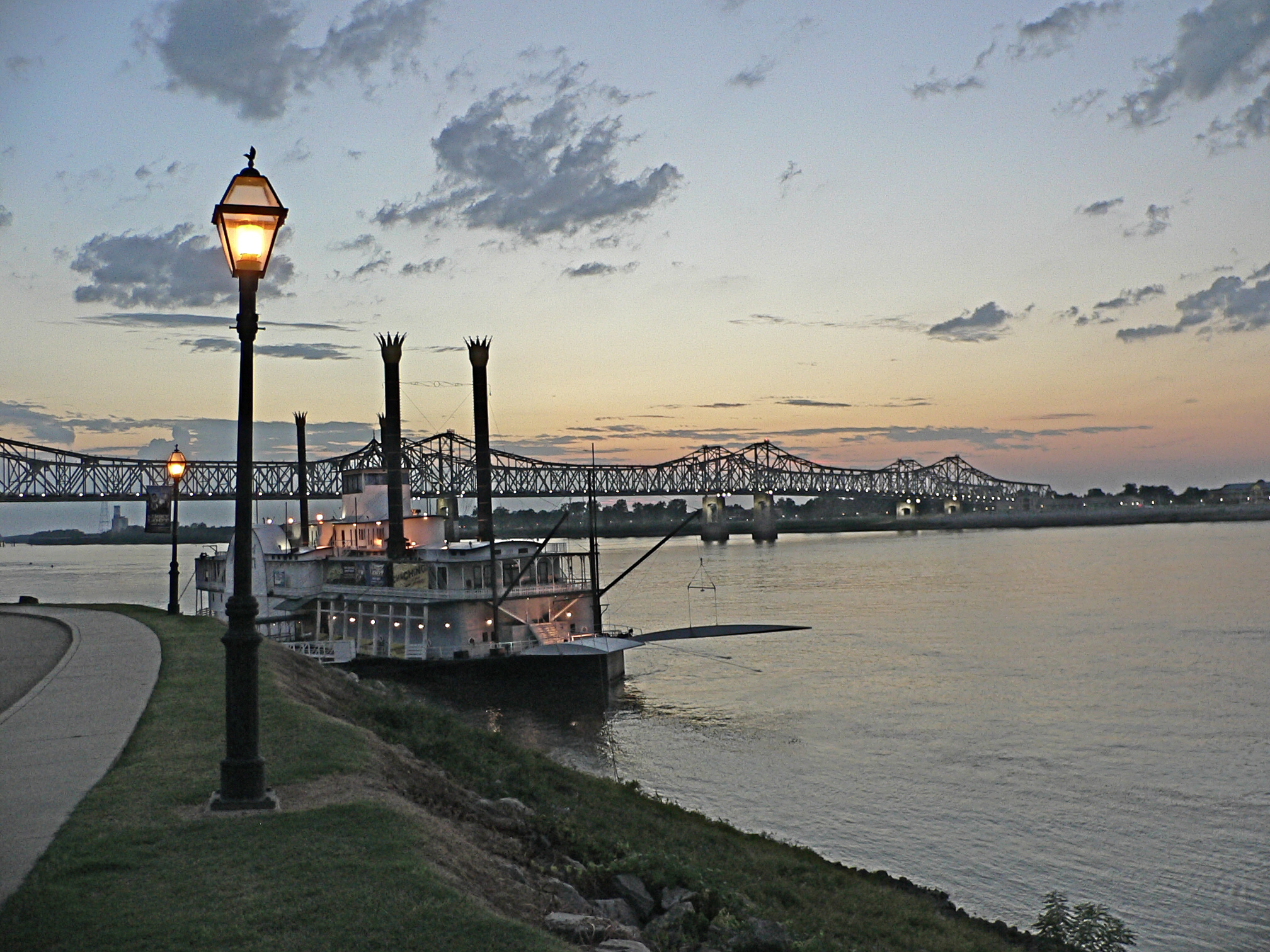 The Old South: Vicksburg and Natchez, Mississippi   Red Road Diaries
